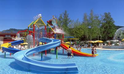 Piscine camping isolino lago maggiore con piscina per for Allergia al cloro delle piscine