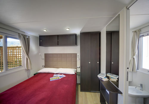 MAXI PRESTIGE IN THE AREA 210-230 - MASTER BEDROOM WITH EN-SUITE BATHROOM